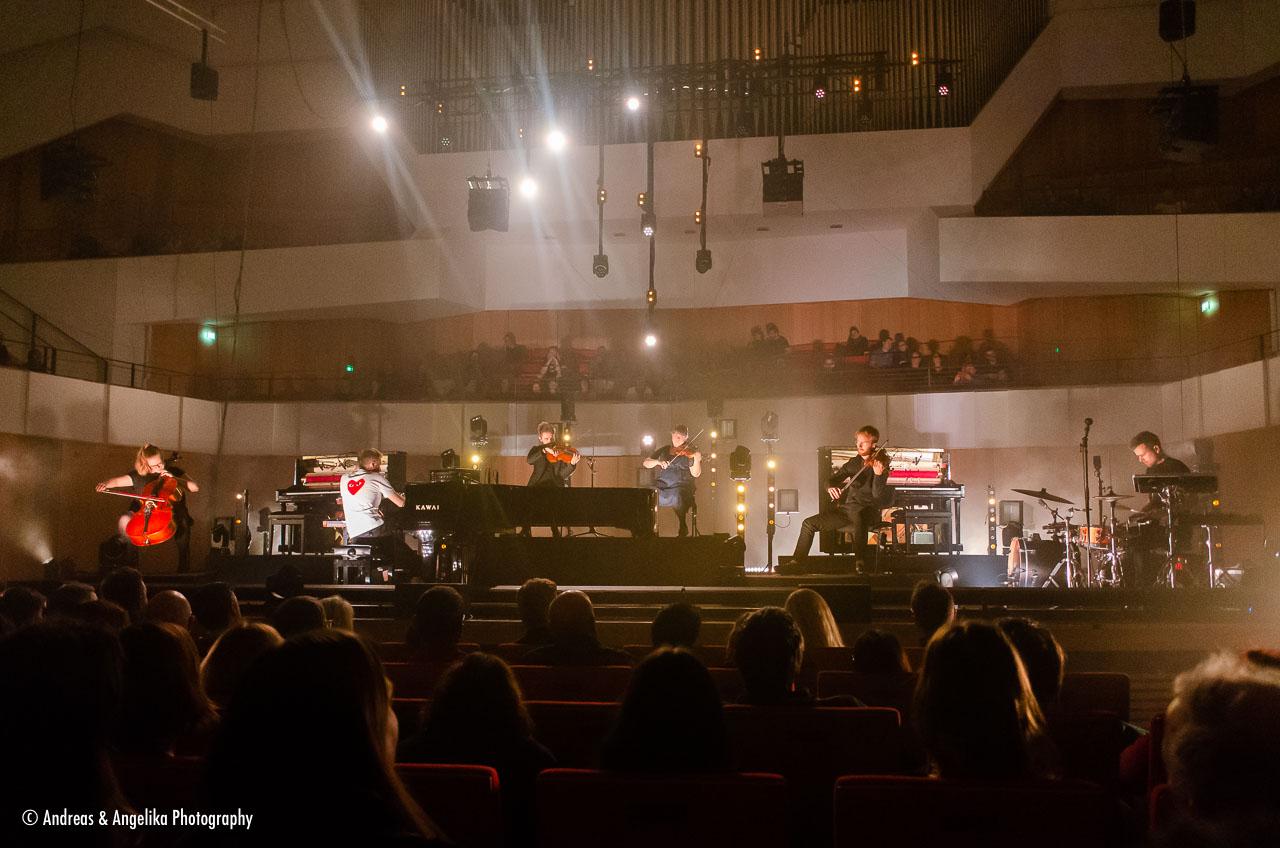 aka-Olafur-Arnalds-Kulturpalast-Dresden-2019-11-15__DSC7345.jpg