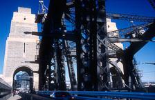 aka-Sydney-2004-05-17_syd0008.jpg