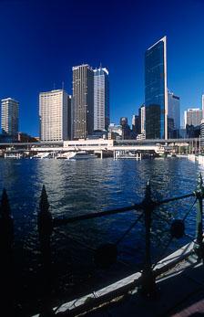 aka-Sydney-2004-05-17_syd0011.jpg