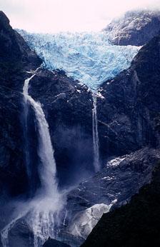 aka-Patagonia-2004-05-12_pata0006.jpg