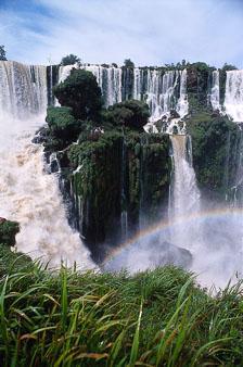 aka-Iguazu-2004-05-15_iguazu05.jpg