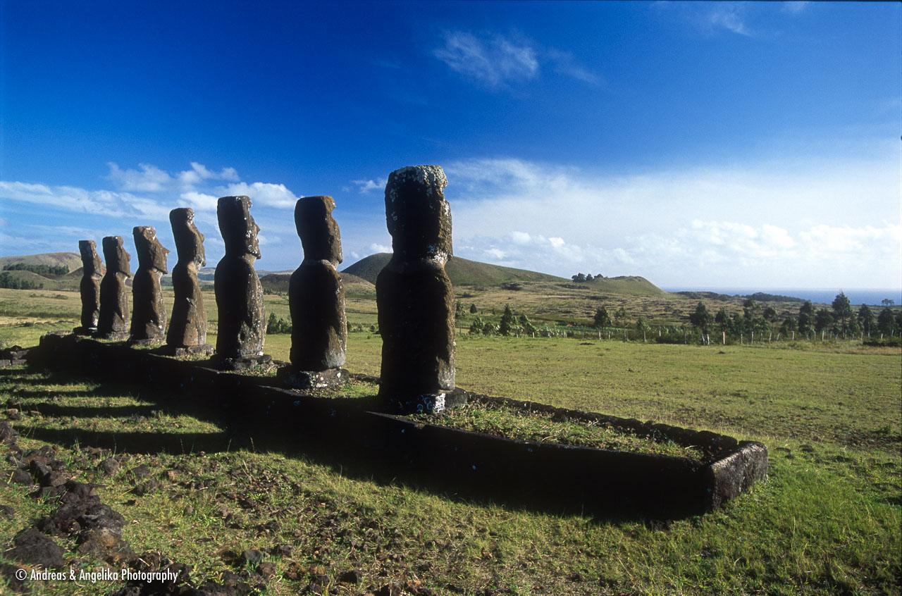 aka-Easter-Island-2004-07-30_ipc0012.jpg