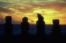 aka-Easter-Island-2004-07-30_ipc0010.jpg