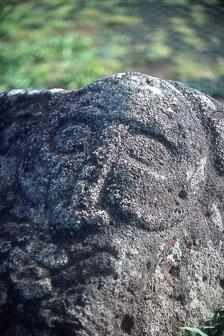 aka-Easter-Island-2004-07-30_ipc0011.jpg