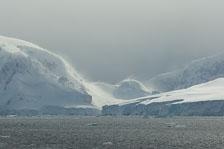 aka-Antarctic-Quest-2009-02-04__D2X32730.jpg