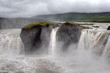 aka-Iceland-2010-08-18__D3X7061_2_3.jpg