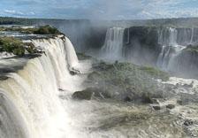 aka-Iguazu-2012-02-28__D3X0058_59_60_61_62.jpg