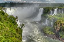 aka-Iguazu-2012-02-28__D3X9492_3_4_5_6.jpg