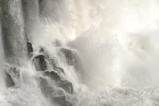 aka-Iguazu-2012-02-28__D3X9879_80_81.jpg