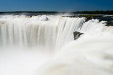 aka-Iguazu-2012-03-03__D3X0811And21Rock-Edit.jpg